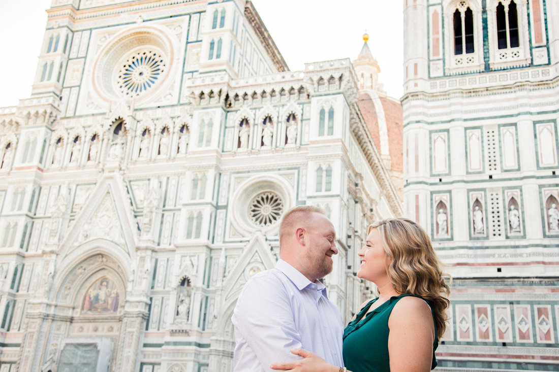 honeymoon photoshoot in Florence at the Duomo