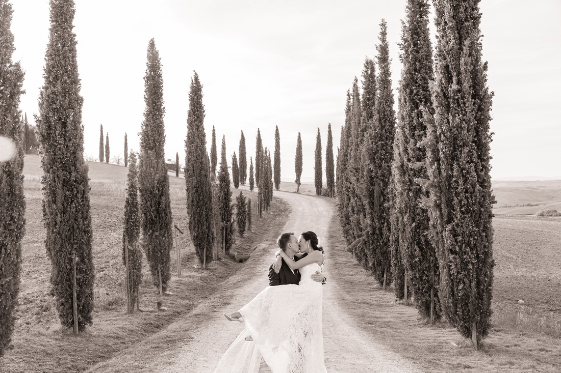 Best locations for wedding photographs in Val d'Orcia