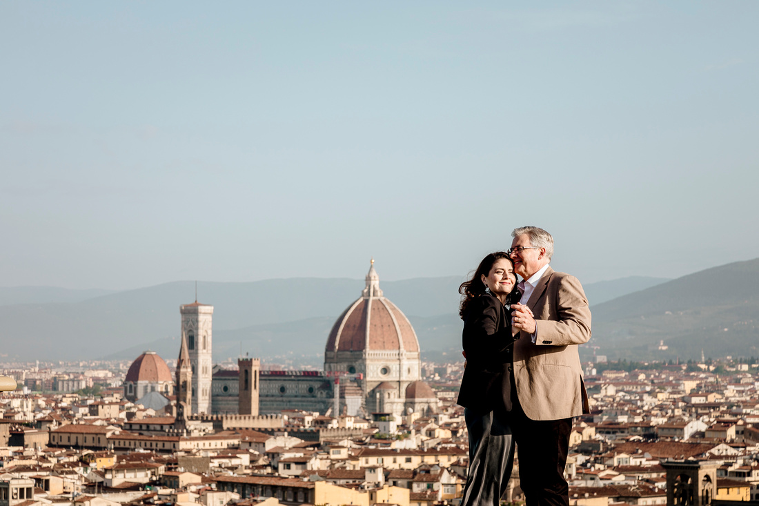 anniversary photoshoot in Florence