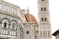 female solo traveller in Florence - solo vacation photographer in Italy