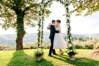 Romantic Wedding at Castello di Meleto - photo & video
