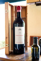 wine tasting Castiglion Del Bosco - VIP vacation photographer Italy